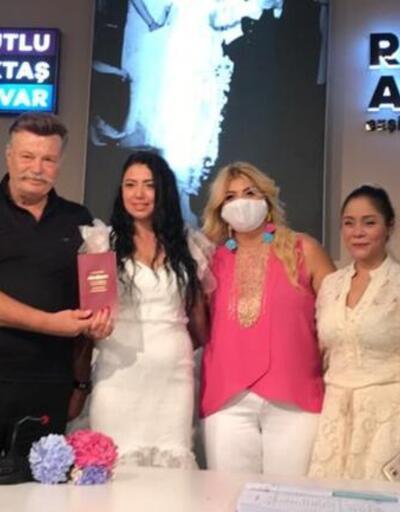 Nuri Alço ile Burcu Sezginoğlu evlendi