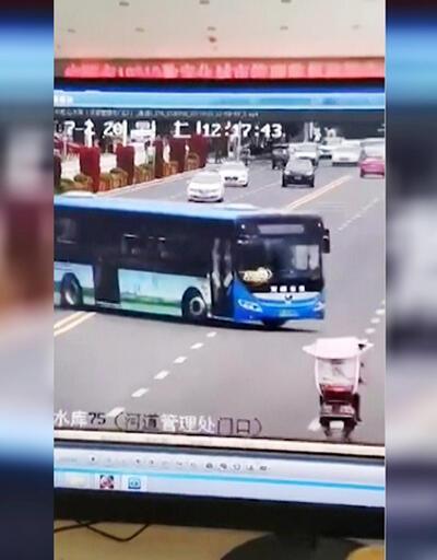 Son Dakika! Çin'de korkunç kaza: 21 ölü | Video