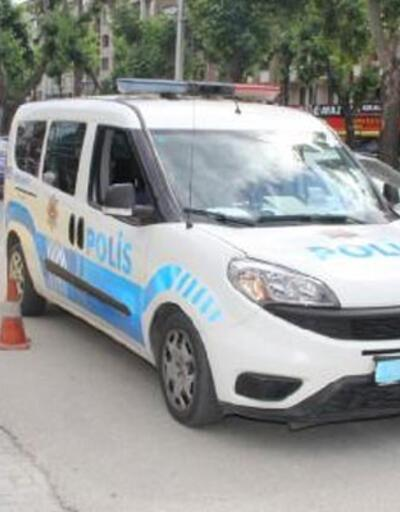Trafikte telefonla konuşan polise ceza kesildi