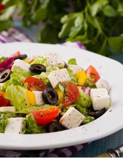 Hamile kalmak isteyenlere özel; Çıtır mikrobiyota salatası