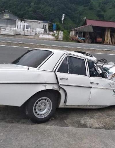 TIR'ın altına giren otomobilinin sürücüsü öldü