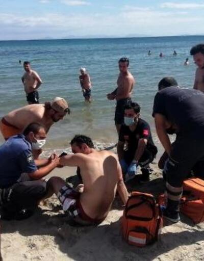 Boğulma tehlikesi geçiren genci, jet-ski ile kurtardılar