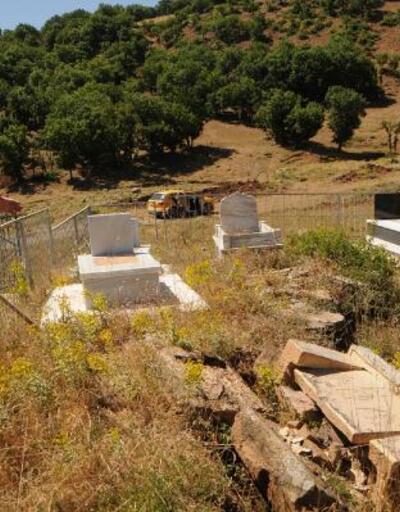 Yol çalışmasında toprak yarıldı, mezarlar zarar gördü