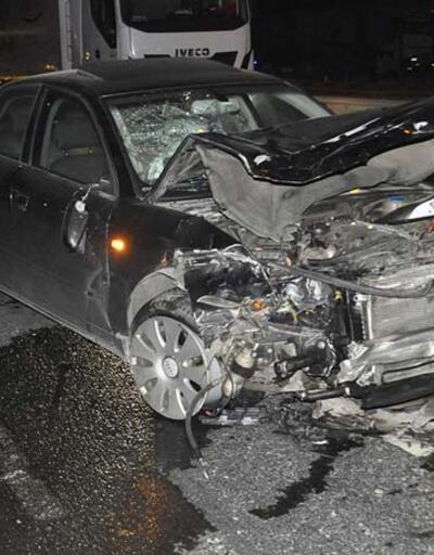 Otomobille motosiklet çarpıştı! Sürücünün bacağı koptu
