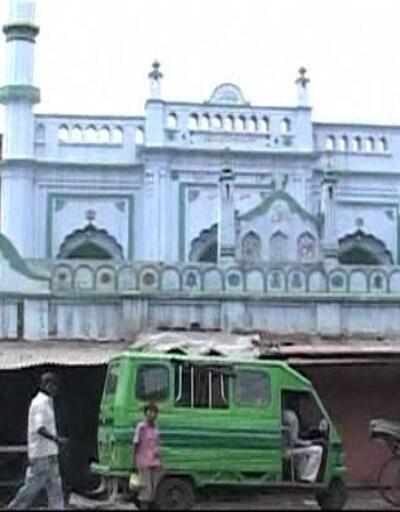 Son Dakika! Tartışmalı karar: Tarihi cami Hint tapınağı olacak   Video