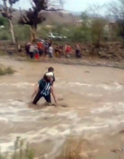 Son dakika... Yemen'de sel faciası: 17 ölü   Video
