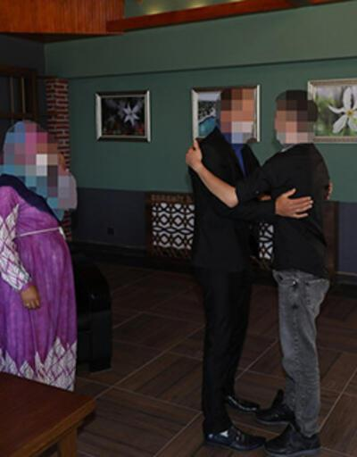 Jandarmanın ikna ettiği PKK'lı terörist, güvenlik güçlerine teslim oldu