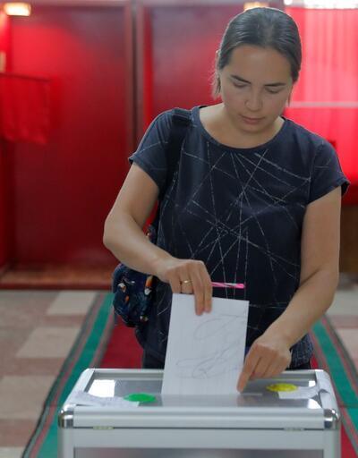 Belarus'ta halk cumhurbaşkanını seçmek için sandık başında