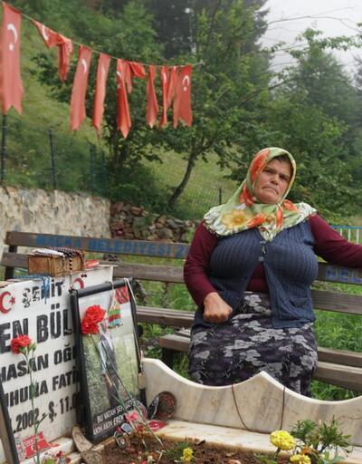 """Son dakika... ŞehitErenBülbül'ün annesi: """"Şehit yavrum tüm Türkiye'nin acısı oldu"""""""