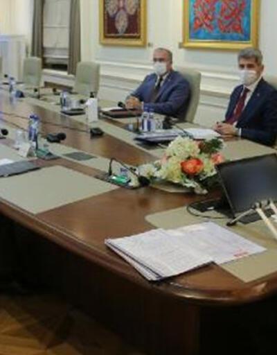 Bakan Soylu, valiler ile toplantı gerçekleştirdi
