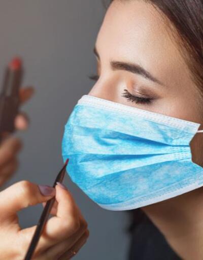 Son dakika... Prof. Dr. Ceyhan: Ortak makyaj malzemesi, virüsü 4-5 saatte bulaştırabilir