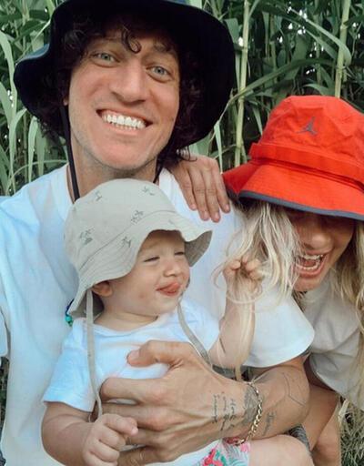 Müge Boz'dan mutlu aile pozu