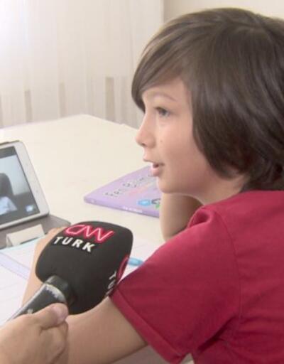 Uzaktan eğitim başladı. Çocuklar evde nasıl ders yapıyor? Veliler yeni sistem hakkında ne düşünüyor? | Video