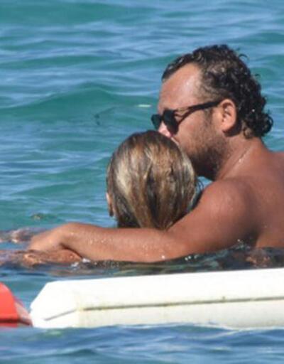 Denizde romantizm! İvana Sert-Sezer Dermenci'nin aşk tatili