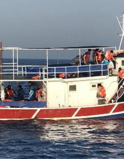 İzmir'de 77 kaçak göçmen yakalandı