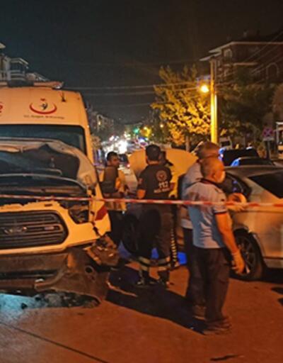 Ambulans kaza yaptı: 3 sağlık çalışanı yaralı
