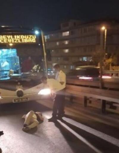 Son dakika.. Bekçilerden kaçan kişi metrobüs yoluna düştü