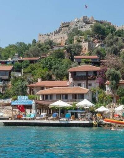 Sahilinde denize girebileceğiniz antik kentler... Tarihin içinden mavi sulara