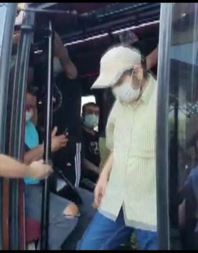 12 kişi olması gereken minibüsten 37 kişi çıktı | Video
