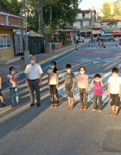 Bucak'ta Çocuk Sokağı açıldı