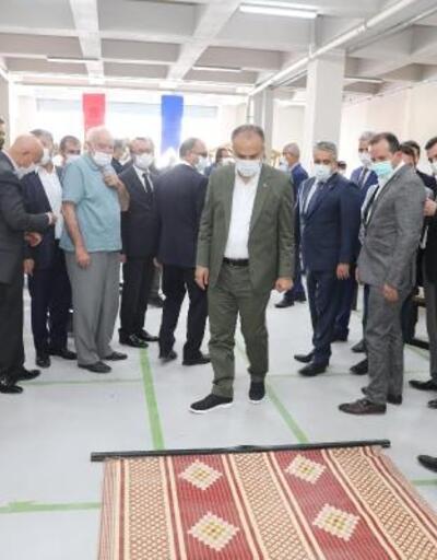 Harmancık'ta Kent Mobilyaları Üretim Tesisi açıldı