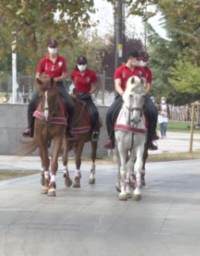 Atlı polisler denetim yaptı