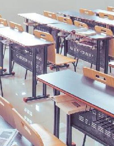 New York'ta okulların açılma tarihi ikinci kez ertelendi