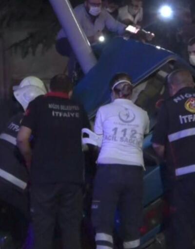 Otomobil kazada ikiye bölündü | Video
