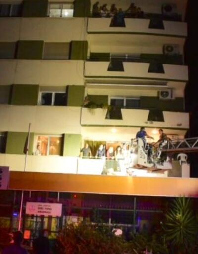 5. kattan tenteye düşen adamı itfaiye ekipleri kurtardı | Video