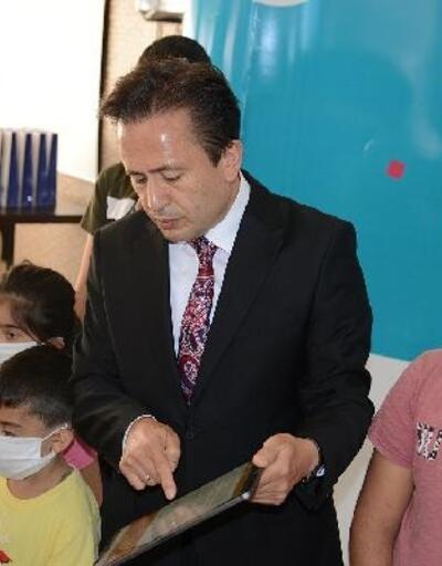 Tuzla'da ihtiyaç sahibi öğrenciler için 'Askıda Tablet' kampanyası başladı