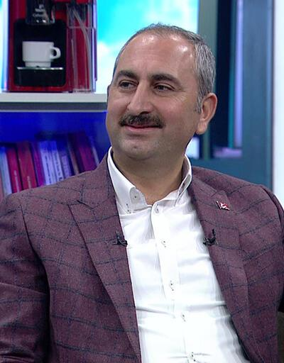 Adalet Bakanı Abdulhamit Gül, merak edilen sorulara Hafta Sonu'nda yanıt verdi