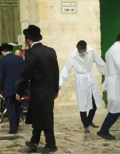 Son Dakika Haberi! Fanatik Yahudiler Mescid-i Aksa'ya baskın düzenledi! | Video