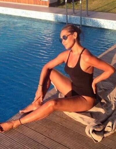 Hülya Avşar'ın güneş banyosu