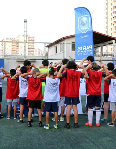 PSG Mersin'de futbol akademisi açtı