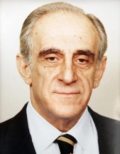Eski Dışişleri Bakanı Bozer, hayatını kaybetti