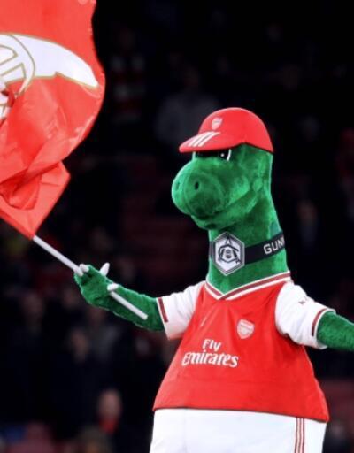Gunnersaurus'un maaşı Mesut Özil'den