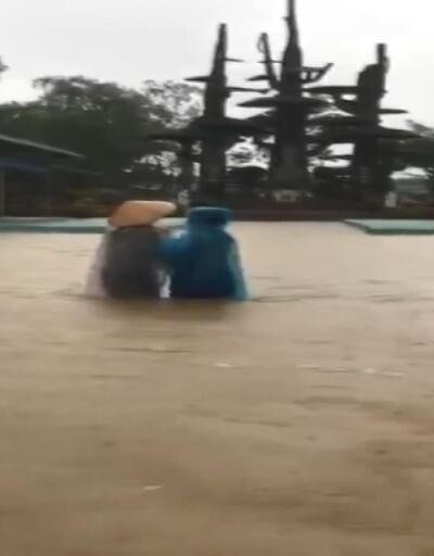 Vietnam'da sel 23 can aldı