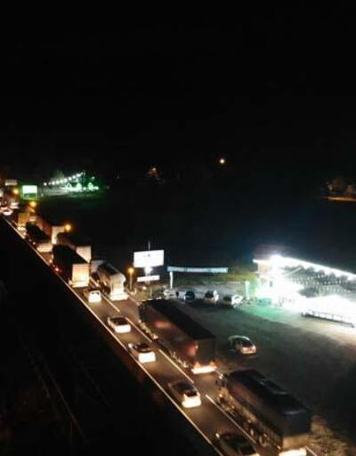 D-100 kilit! Bolu Dağı'nda yoğun araç trafiği | Video