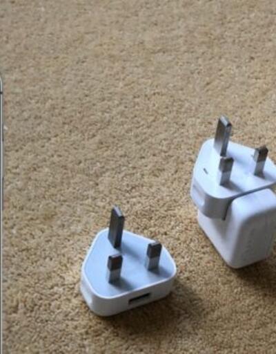 iPhone 11, SE ve XR modellerinde şarj adaptörü ve Lightning kulaklığı kaldırdı