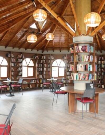 Darıca'da Kitap Kafe hizmete girdi