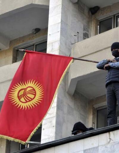 Bir haftada Kırgızistan'ın en güçlü kişisi oldu