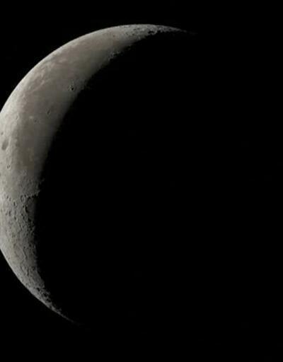 NASA'dan Ay'da yeni keşif