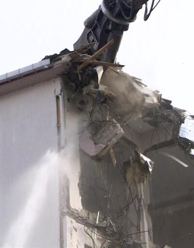 Riskli binalar yıkılıyor| Video