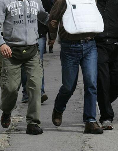Yunanistan'da 20 FETÖ'cü ve 10 PKK'lı yakalandı