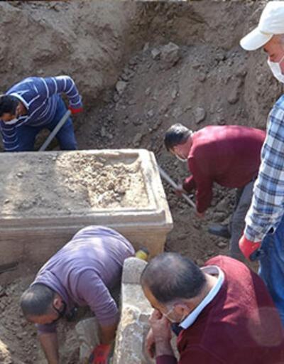 Definecilerin kazdığı yerden 2 bin 500 yıllık tarih çıktı