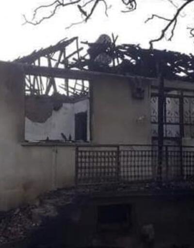 Ağlasun'da iki ev yandı