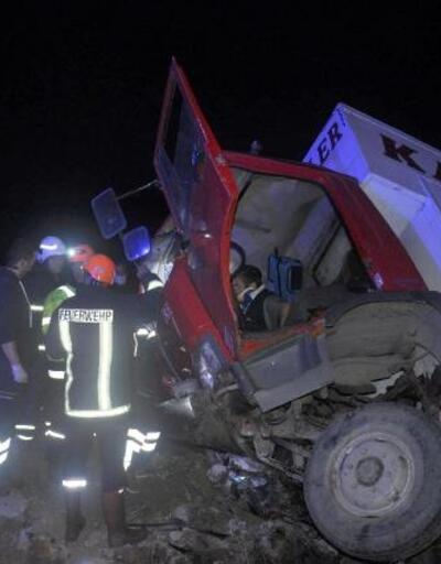 Tekirdağ'da devrilen kamyonda 3 kişi yaralandı