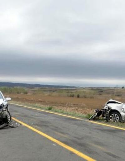 Malkara'da otomobiller çarpıştı: 2 yaralı
