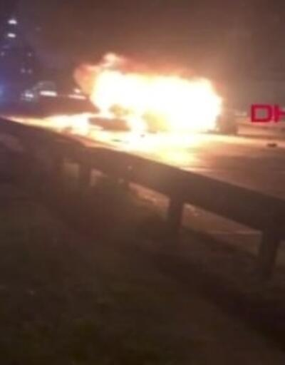 5 araca çarpıp yanmaya başladı | Video