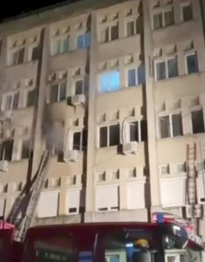 Romanya'da koronavirüs hastanesinde yangın | Video